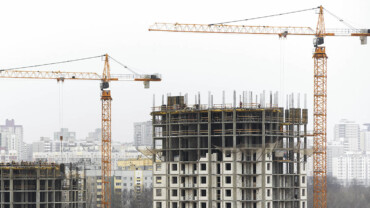 Which One to Buy: Ready to Move or Under Construction Property?